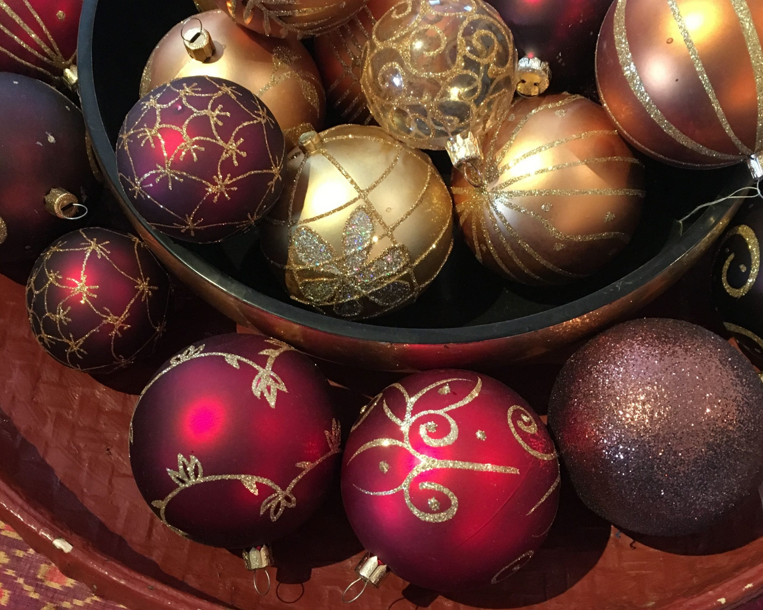 Christmas baubles in a bowl