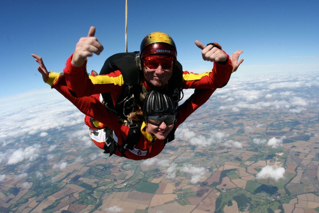 Tandem skydiving in Kent